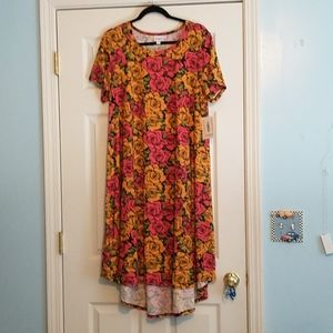 New with tags Lularoe XL Carly